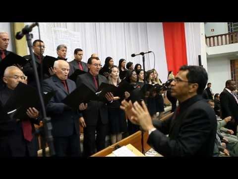 Coral Excelsior cantando em Taguatinga - DF