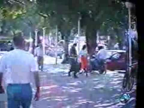 POLICIA MATA A LADRONES FRENTE A LA CAMARA