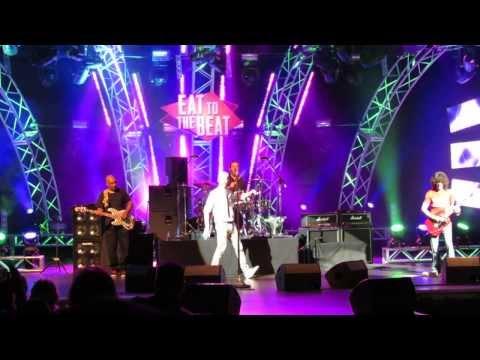 Spin Doctors - Two Princes & Lady Kerosene Epcot 2013