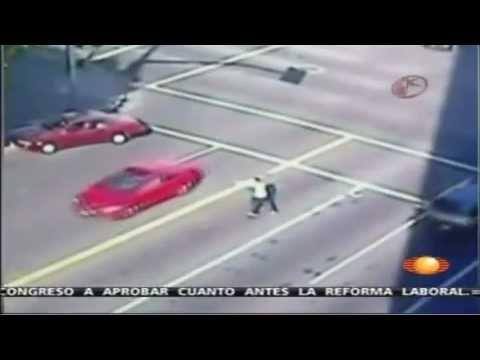 La Policía mata a un hombre que disparaba a Autos en Hollywood
