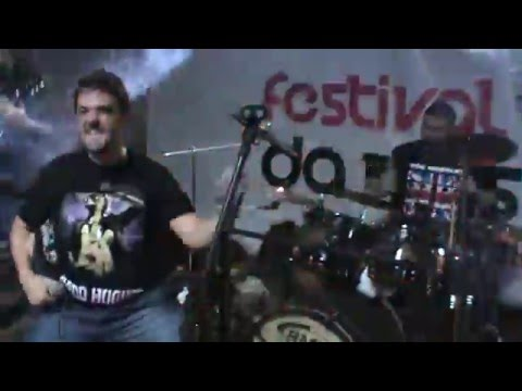 Banda 2 Dedo: Drugs From Mars (ao vivo em Itabira)