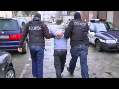 Kościerzyna. 20-latkowie włamali się i okradli mieszkanie (WIDEO)