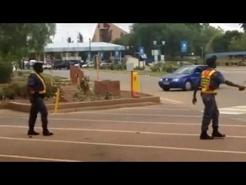 N. Aφρική: Κλιμακώνεται η ένταση στα πανεπιστήμια