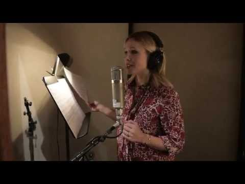 Text Me Merry Christmas - In the Studio with Straight No Chaser and Kristen Bell