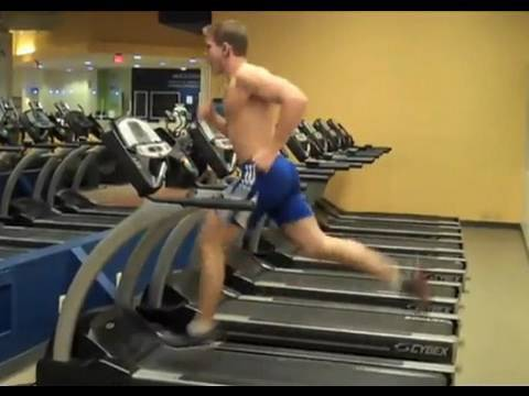 treadmill - This is AMAZING! 4min and 15sec straight on a treadmill on the highest speed! Check out http://www.scotthermanfitness.com/ for more information and detailed ...