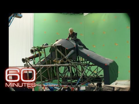 """""""Game of Thrones"""" behind the scenes: Emilia Clark on filming a flying dragon"""