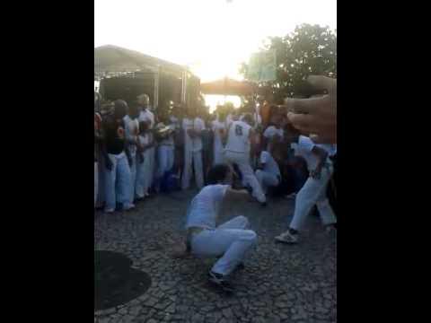 show de capoeira em varzea do poço