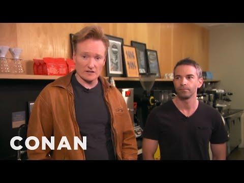 Conan a Jordan Schlansky na ochutnávce kávy