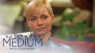 Video Jaime Pressly Connects With Brittany Murphy | Hollywood Medium with Tyler Henry | E! MP3, 3GP, MP4, WEBM, AVI, FLV Juni 2018