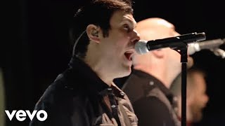 """Breaking Benjamin latest album DARK BEFORE DAWN featuring the singles """"Failure,"""" """"Angels Fall,"""" and """"Ashes of Eden"""" is available now!Apple: http://smarturl.it/bba1Amazon: http://smarturl.it/bbama1Streaming: http://smarturl.it/bbsta1Follow Breaking Benjaminhttp://facebook.com/BreakingBenjaminhttp://twitter.com/breakingbenjhttp://instagram.com/breakingbenjaminMusic video by Breaking Benjamin performing Failure. (C) 2015 Hollywood Records, Inc."""