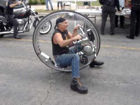 超屌單輪摩托車!時速居然可以飆到100km以上!?