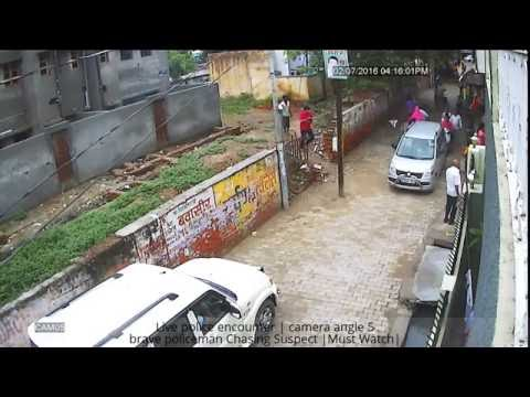 Video Live police encounter | brave policeman Chasing Suspect download in MP3, 3GP, MP4, WEBM, AVI, FLV January 2017
