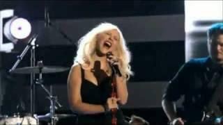 Christina Aguilera, Adam Levine, Blake Shelton & Cee Lo Green - Crazy (Live).flv