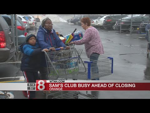 Sam's Club in Orange packed before closing