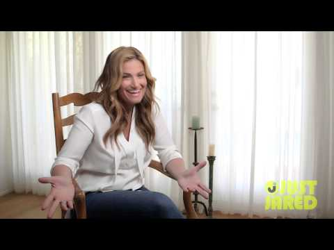 Idina Menzel Predicts She Will Mess Up Every Night on Tour