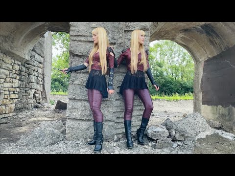 Stiletto - Harp Twins, Camille and Kennerly