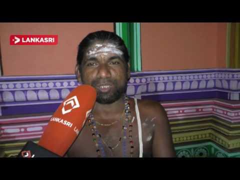 Batticaloa-Vanthaarumoolai-nirmukappillaiyar-Devasthanam-varalashmi-fasting