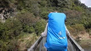 Quatre français se filment quand un pont suspendu lâche en Nouvelle Zélande