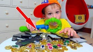 Дети нашли Странный Клад у нас во дворе - 20 iPhone X бриллианты и не только