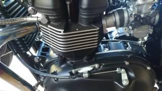 2. Triumph Bonneville 2009 Rattle in the engine