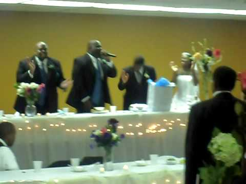 SHOUTING AT THE WEDDING !!! CANT NOBODY DO ME LIKE  JESUS! MARKIESE JONES SINGING!!!