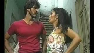 Sassaricando (1987) - Bel esnoba Adônis e Juana o beija