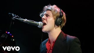 Tom Odell - I Took A Pill In Ibiza (Mike Posner cover in the Live Lounge)