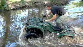 10. yamaha bruin 350 2x4 mudding at rancho. vit