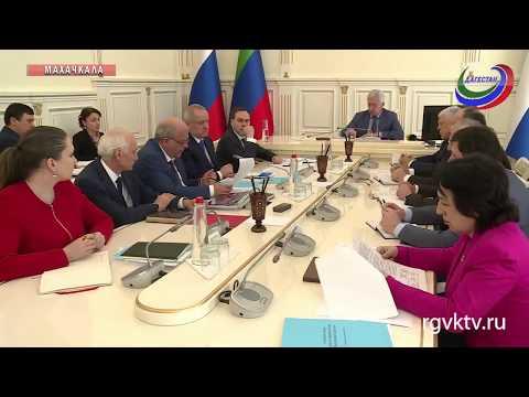 Владимир Васильев провел совещание по подготовке к ЧЕ по спортивной борьбе - DomaVideo.Ru