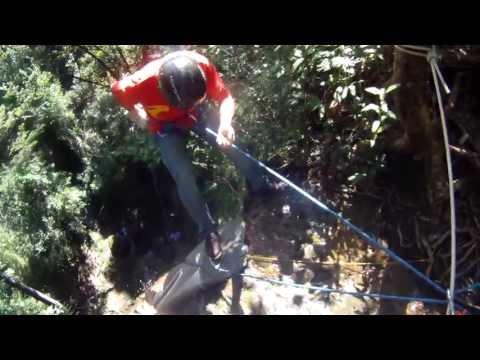 Rapel - Cachoeira de 30 metros em Echaporã, SP