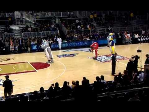 NBA All Star 2011 Mascot Dance