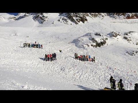 Ιταλία: Τρεις νεκροί από χιονοστιβάδα