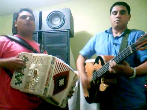 hojita Los Norteños de Nuevo Laredo.mpg
