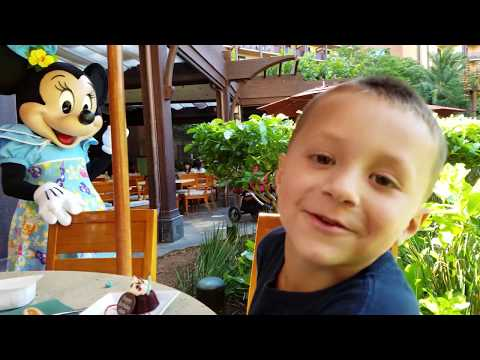 CHASE'S 5th BIRTHDAY in HAWAII! Disney Aulani Resort Activities (FUNnel Vision Trip Honolulu Part 1) (видео)