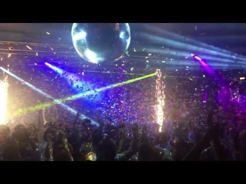 Balloon drop at Infernos, Clapham