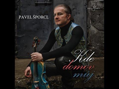 Pavel Šporcl vydává vlastní virtuózní variace české hymny. Posluchače chce přimět k národní hrdosti