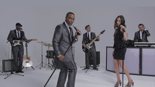 Learn more at http://www.deboisentertainment.com - This latest sensation from de Bois has everything you need all in a seven-piece band including a DJ. Playi...