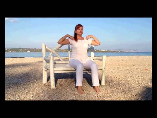Κουνταλίνι Γιόγκα σε καρέκλα...