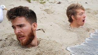 Video Last to Stay Buried Wins $10,000 - Beach Challenge MP3, 3GP, MP4, WEBM, AVI, FLV Juli 2019