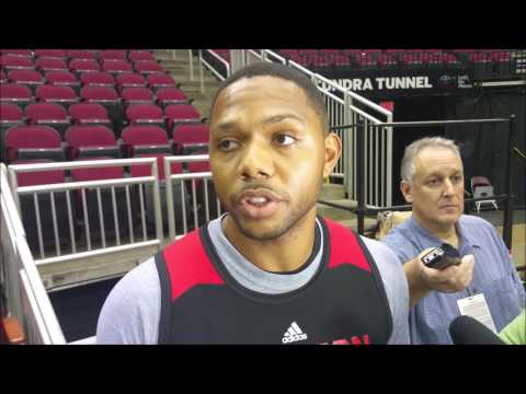 Eric Gordon on playing with James Harden