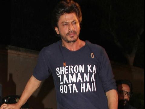 Shahrukh Takes A Dig At 'Kaabil'  
