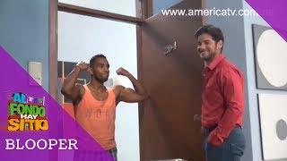 El equipo de producción de la serie le hace una broma a Andrés Wiese mientras ensayaba para grabar su último capítulo y en vez de encontrar a Grace Gonzales, miren a quien encontró... Suscríbete al canal de AFHS en YouTube: http://bit.ly/1e5tpSRSigue a AFHS en Twitter: http://bit.ly/15GGuccEntra al sitio oficial de America Televisión: http://bit.ly/17HJsAkMira los capítulos completos y la señal en vivo de América Televisión: http://bit.ly/AmericaTvGOMira los capítulos completos de AFHS: http://bit.ly/1kFeelADale Me gusta a América en Facebook: http://on.fb.me/1dmLCrtSigue a América Televisión en Twitter: http://bit.ly/1a1CupZ