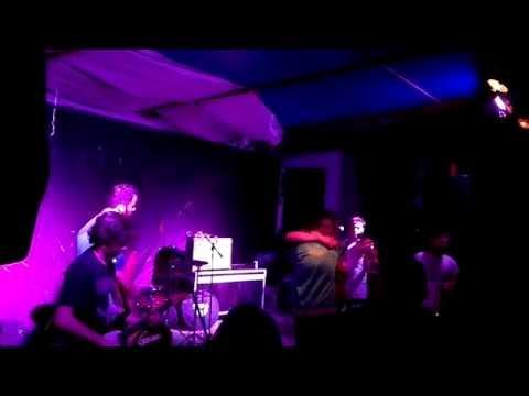 The Coconaut Rockers feat Magma Dee - live  ( kavala ) (видео)