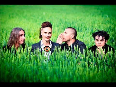 tattva - Band Tattva - 2 the Jngle (drugi singl sa drugog albuma ''Danas je taj Dan'') TATTVA dolazi od sanskrtske(drevni indijski jezik)riječi,a znači istina u širem...