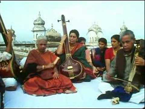 girija - Girija Deviji in old city of Varanasi - Raag Madhuvanti madhya teentaal.