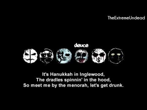 Hollywood Undead - Christmas In Hollywood [Lyrics Video]