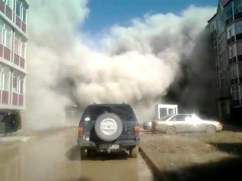 Kazakistan, crolla palazzo di cinque piani