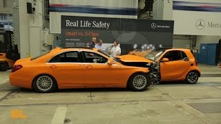 Sindelfingen Germany  City new picture : Inside the Mercedes Sindelfingen Plant: Laser Light, Intelligent Drive, Crash and Safety (German)