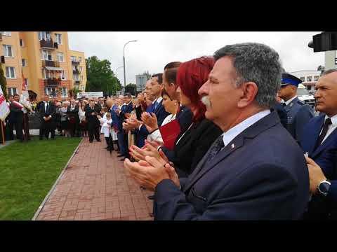 Odsłonięcie pomnika Lecha Kaczyńskiego i protest rolników w Kraśniku