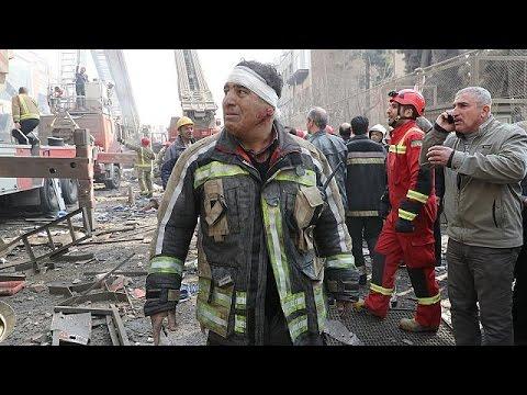 Ιράν: Απέλπιδες προσπάθειες για την ανεύρεση επιζώντων στα ερείπια του πολυόροφου κτιρίου Plasco
